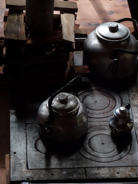 1. Cultura y tradiciones patagónica arraigada. Tomar un buen mate, bailar chamamé, cocinar con estufa a leña y la calidez de la gente, hacen que la Comuna de Cochamó sea un lugar mágico.