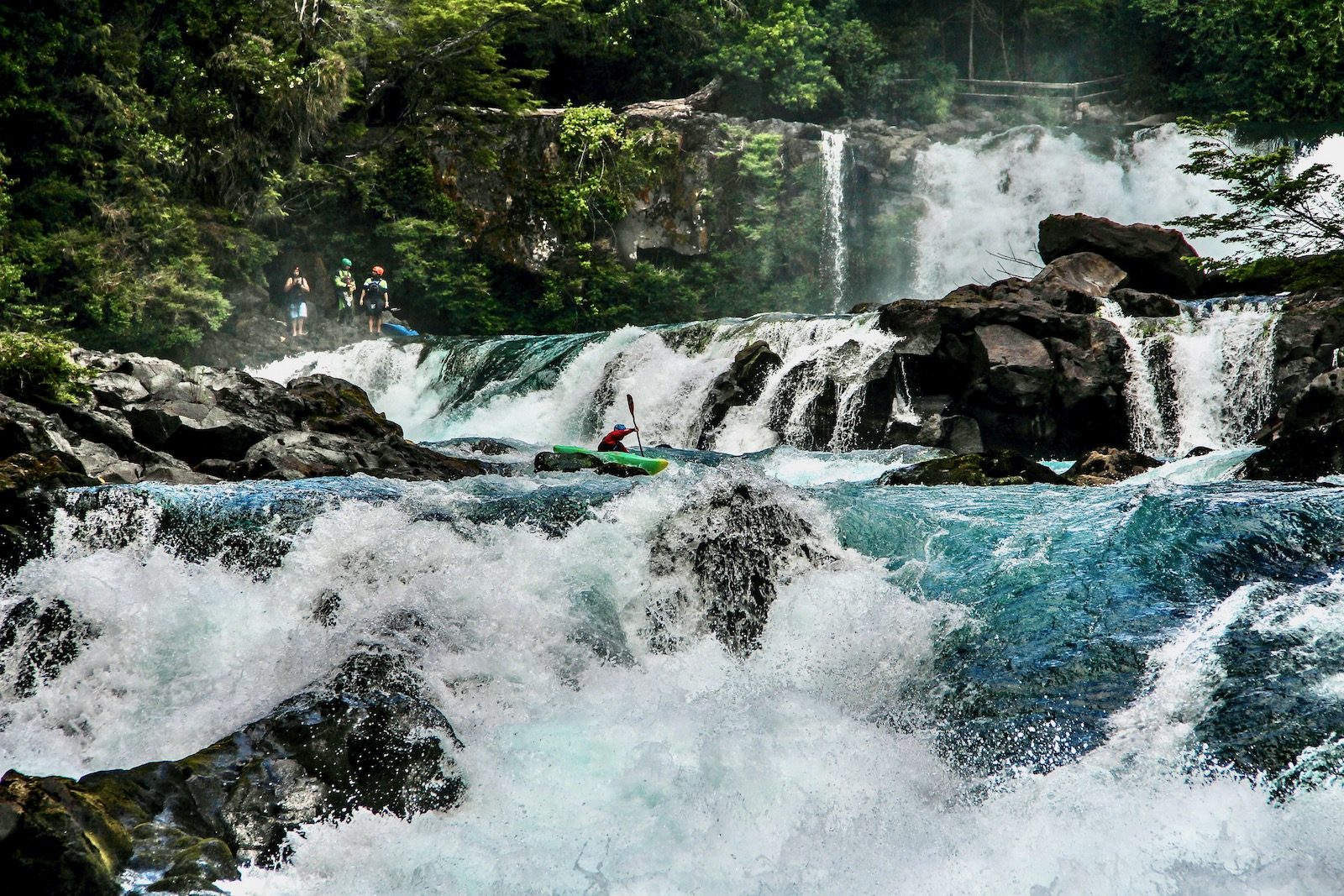 Kayakers at Salto La Leona, Fuy River. Photo: Salomé Candela